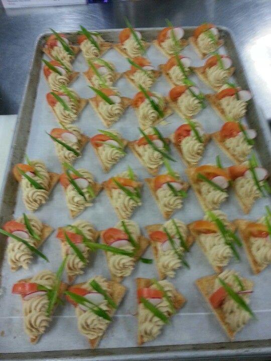 Hummus with crispy veg. On pita bread