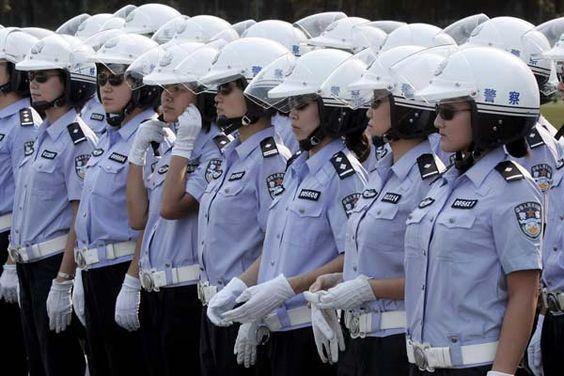 中国女性警察官