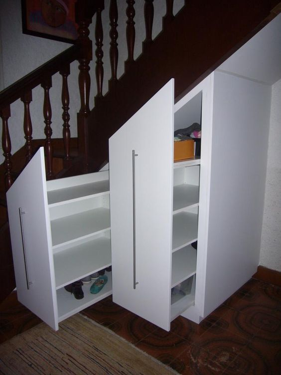 Photos album and album photos on pinterest for Placards sous escalier
