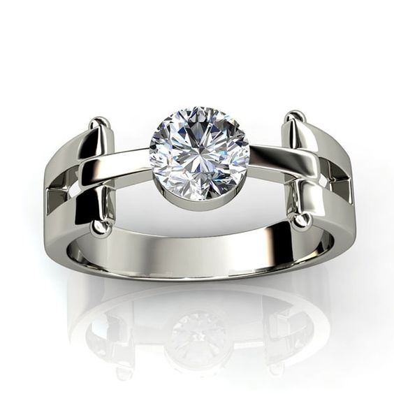 Suits-your-personality-diamond-ring: 18K Gold with 0.67 ct(including center diamond of 0.30 Ct) Ct. Diamond.