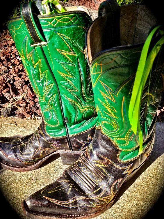Custom boots made by Pablo Jass - Lampasas, Texas. beautiful