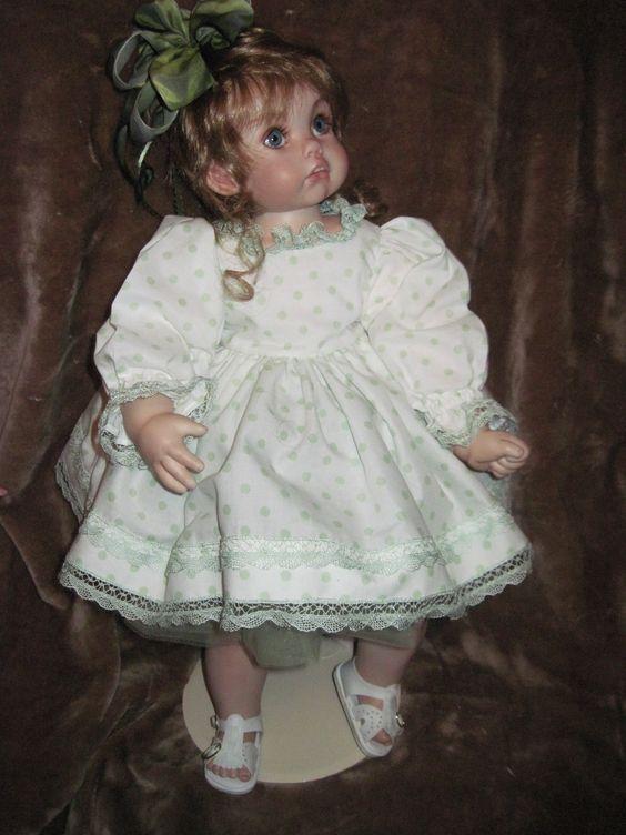 Porcelain little girl