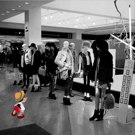 Pinocho en el centro comercial 15 personajes Disney en situaciones del mundo real