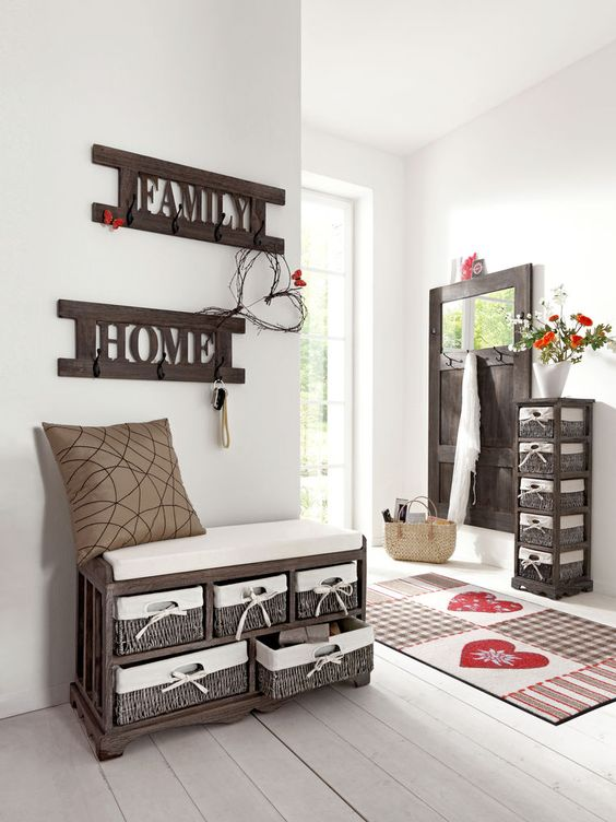 l 39 amour est l tapis pat re banc en bois avec coussin d. Black Bedroom Furniture Sets. Home Design Ideas