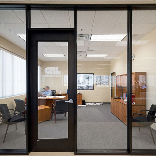 487 Series Interior Office Partition C R Laurence Modern Office Interiors Office Interiors Office Partition