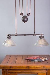 Vintage light with pulley system
