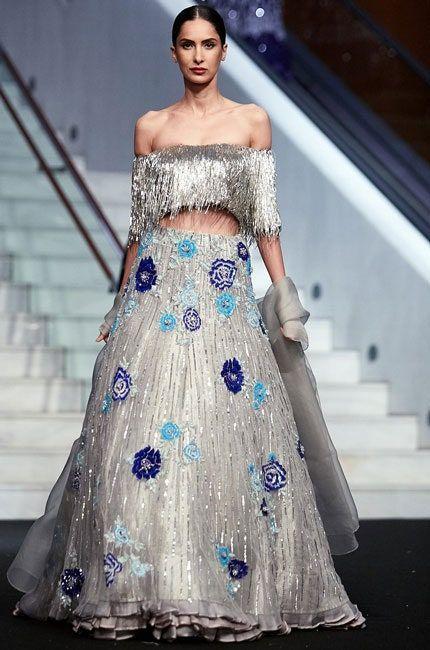 Extraordinary Bridal Lehenga Styles for your Exclusive Modern Wedding, da7f0b1223d7363ab9dd722d7eeb515b