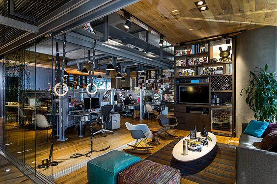 Sin duda alguna las oficinas permiten un ambiente creativo y áreas abiertas para trabajar y relajarse. | Galería de fotos 10 de 11 | AD MX
