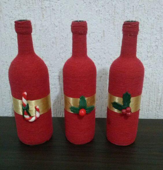 Garrafa Decorativa - Barbante Colorido e Fita de Cetim com Enfeites em Biscuit: