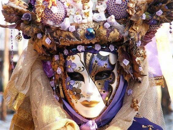 Carnival Masks History | The Masks of the Carnival of Venice - eDreams Travel Blog