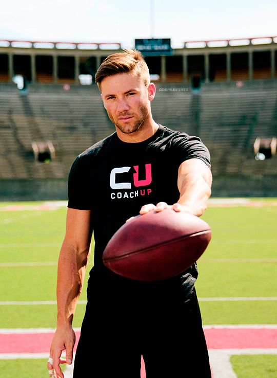 Hate the Pats but love  Me some Julian Edelman