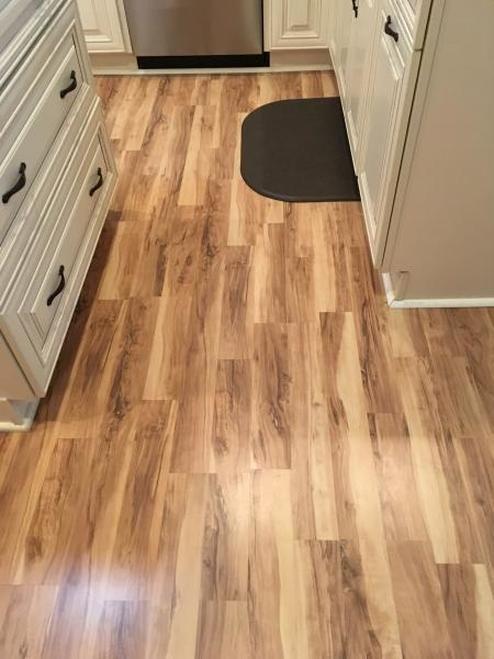 Quickstep Flaxen Spalted Maple 2 Strip Hardwood Floors Maple Floors Flooring Store