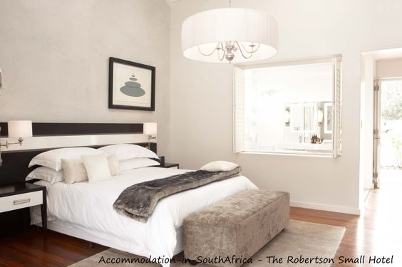 Robertson accommodation. Accommodation in Robertson. Hotels in Robertson. Robertson Hotels. Accommodation at The Robertson Small Hotel.