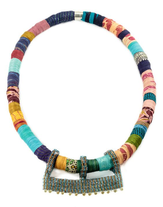 Hey, I found this really awesome Etsy listing at https://www.etsy.com/uk/listing/290409249/statement-fashion-necklaces-colorful-bib