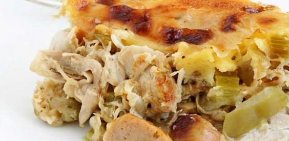 Torta de liquidificador de frango e linguiça