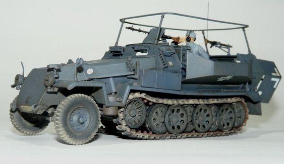 Sd.Kfz. 251/16 Funkwagen
