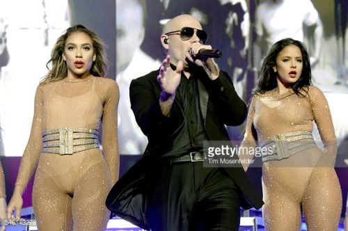 SACRAMENTO, CA - JULY 10: Pitbull performs during 'The Bad... #schinznachbad: SACRAMENTO, CA - JULY 10: Pitbull performs… #schinznachbad