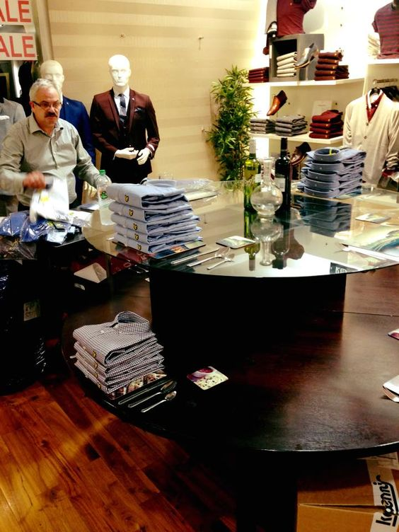 The master merchandiser Rodney Munn is at it again! The new Autumn Winter stock is flying in every day!