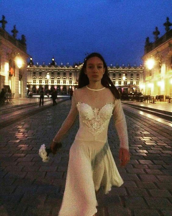 Wedding dress or not ? White,wedding, vintage,dentelle,fluidité, Nancy, place Stanislas,