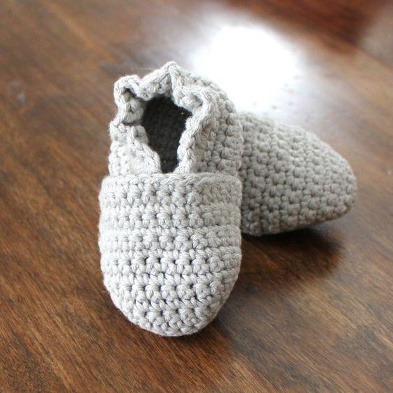 Crochet Baby Booties Tutorial : CROCHET PATTERN - Original Stay On Crochet Baby Booty 4 ...