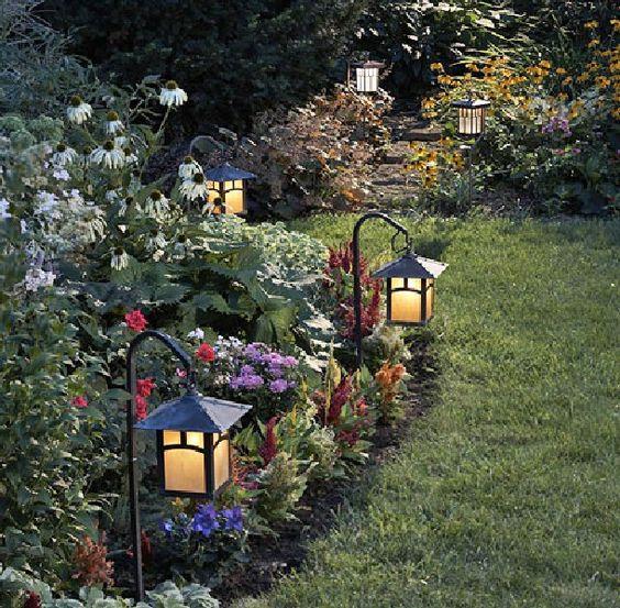 Cool Garden Lighting Designs Front yard lighting Pinterest