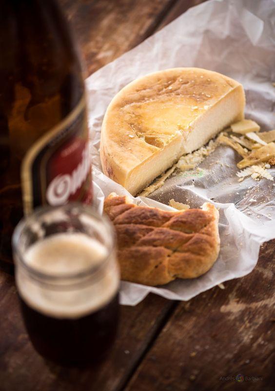 Pan, queso y Quilmes Bock - Pan, queso y Quilmes Bock © BARBIANI Andres Leonardo. Follow me in: https://www.facebook.com/AndresBarbianiFotografo http://500px.com/AndrsBarbiani http://www.pinterest.com/andresbarbiani/ Si quieres puedes compartir esta publicación. Gracias.