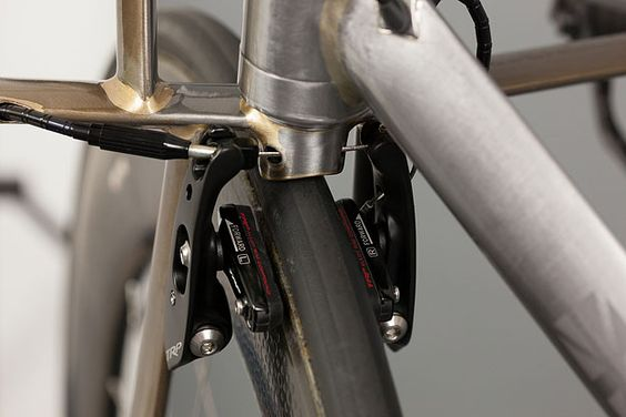 Sexy Details...English Cycles Naked TT