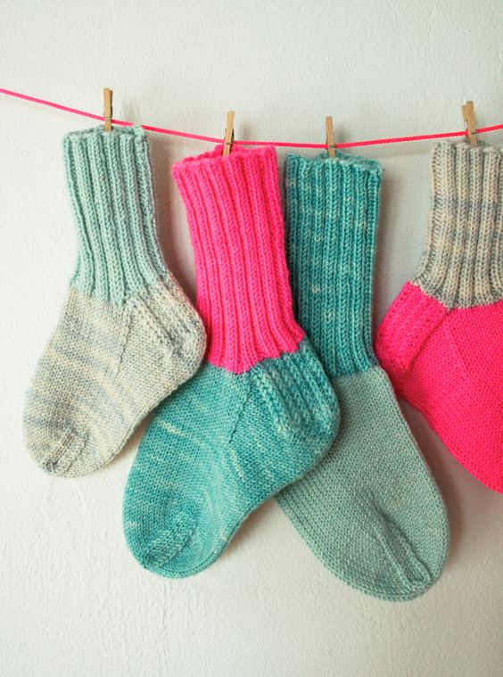 Whits Knits: Toddler Socks - Knitting Crochet Sewing Crafts Patterns and Idea...