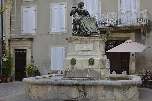 la fontaine Sévigné à Grignan (Drôme)