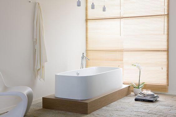 HOESCH Freistehende Badewanne SingleBath Uno Oval (mit angeformter Schürze, zum Einbau in Podest)