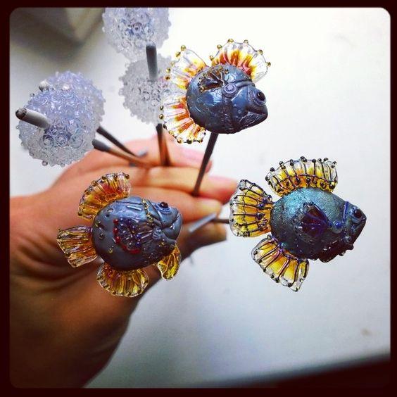 Вчера был рыбный день :) Играю!  #lampwork #glass #beads #другиевещи by tatyana_boyarinova