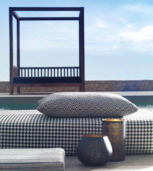 O bom tempo há-de chegar e com ele a escolha dos materiais de exterior. A Chivasso apresenta propostas irresistíveis.
