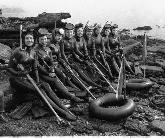 Ladies divers