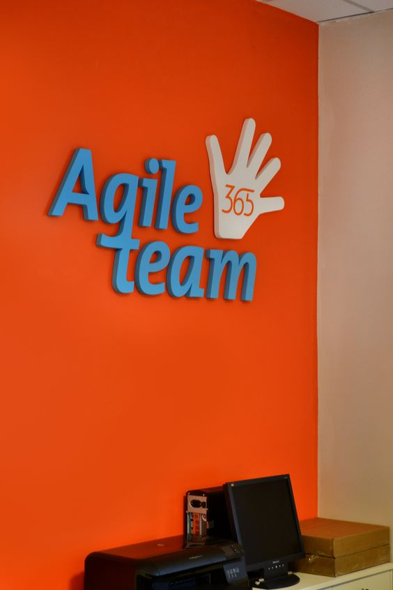 Nuestro equipo trabaja con metodología Agile Team, combina eficiencia con creatividad