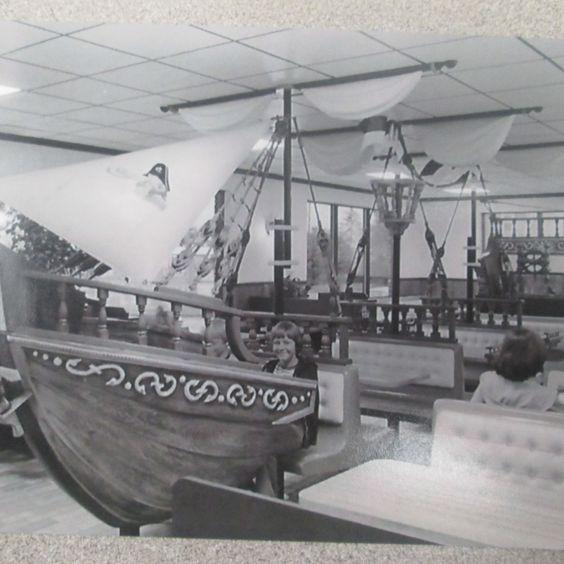 VTG MCDONALDS MCDONALD LAND HUGE PIRATE SHIP CAPTAIN CROOK SETMAKERS 1970'S SEATING! FOR SALE-INQUIRE ROZEKCRAIG@GMAIL.COM FOR DETAILS