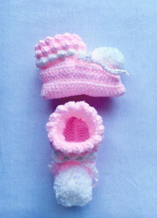 Pom Pom Booties Baby Shower Gift Baby Girl Gift Set Baby  Photo Prop Pink Baby Girl Gift New Baby Girl Gift Crochet Baby Pixie Bonnet