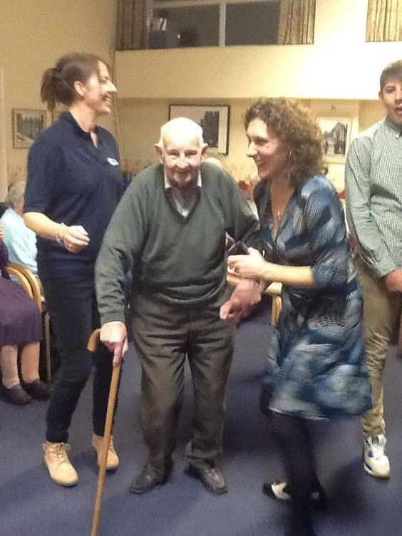 Fantastic atmosphere at the #dementiachallengers party in Tunbridge Wells :)