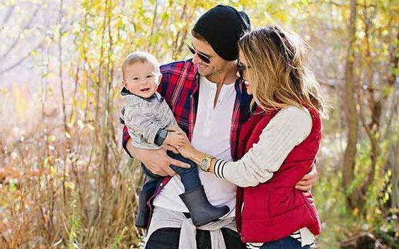 Musa de estilo-maternidade: Christine Andrew | http://alegarattoni.com.br/musa-de-estilo-maternidade-christine-andrew/ {via http://www.hellofashionblog.com}