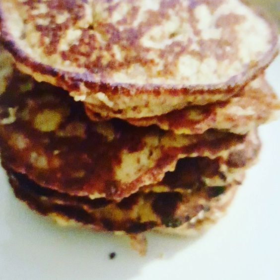I had a hankering for some dessert so I made these _ #lowcarb #glutenfree #nosugaradded #almondmeal #pancakes #yummy #homemade #diabetes #food by janicajace