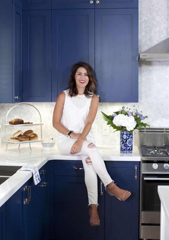 Love It or List It Vancouver: Talia & Travis and their new cobalt blue kitchen cabinetry!