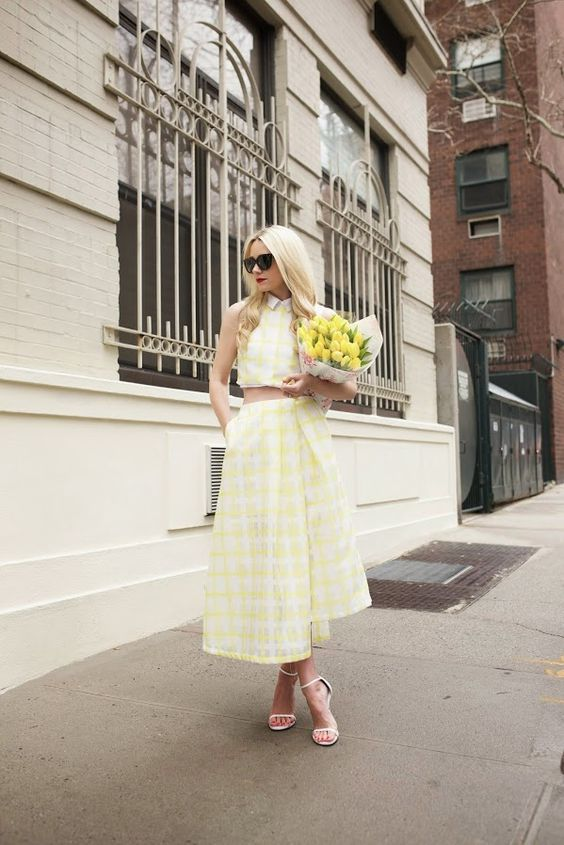 An all yellow outfit on Atlantic-Pacific // Click through for more spring style inspiration on the blog