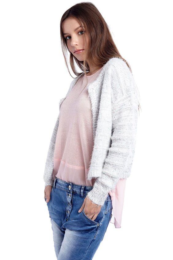 White mixed yarn crop cardigan - 44,90 $ - https://q2shop.com/us/
