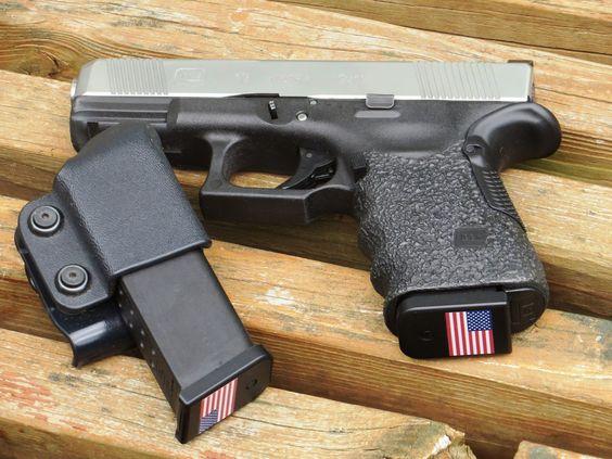 Glock custom G19 with Bastion magazine baseplates