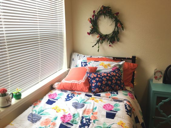 Martha Stewart Pretty In Pots Bedding  Lamar University Dorm Room 2016 Part 43