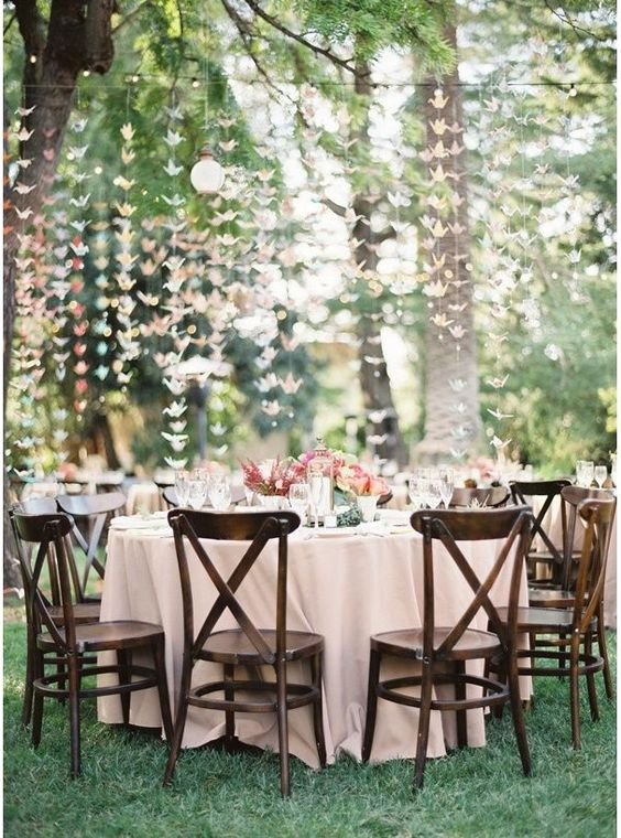 Mariage d co and papillons on pinterest for Decoration jardin villa