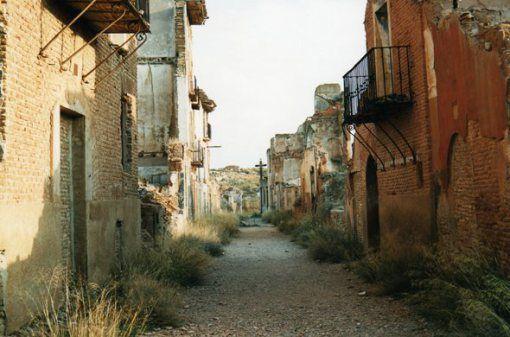 Pueblo viejo de Belchite Dacfcc4cd24c62e651b3d4dd48f90076