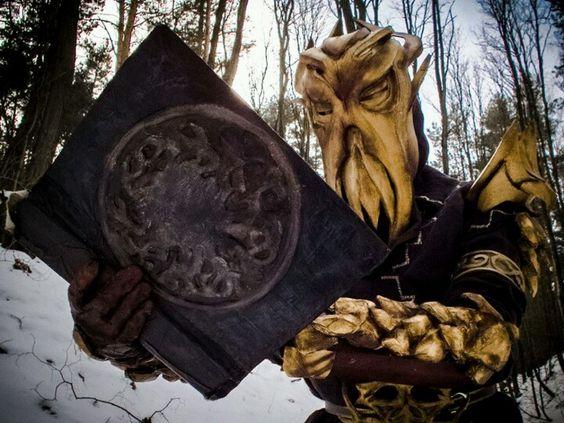 AniVenture 2013 - Concurso individual de cosplay: Miraak - YouTube