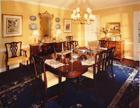 This dining room in a federal style house dating from 1930 reflects the client 39 s interest in for Federal style interior decorating