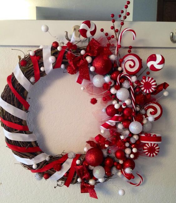 Peppermint Wreath: