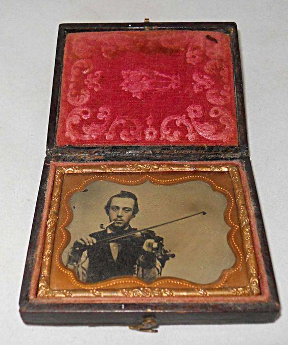 Ambrotype Musician Man Playing Violin While Smoking Pipe Bow 1/9 Plate Smoker